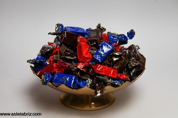 شکلات گل سرخ مخلوط شیرین عسل